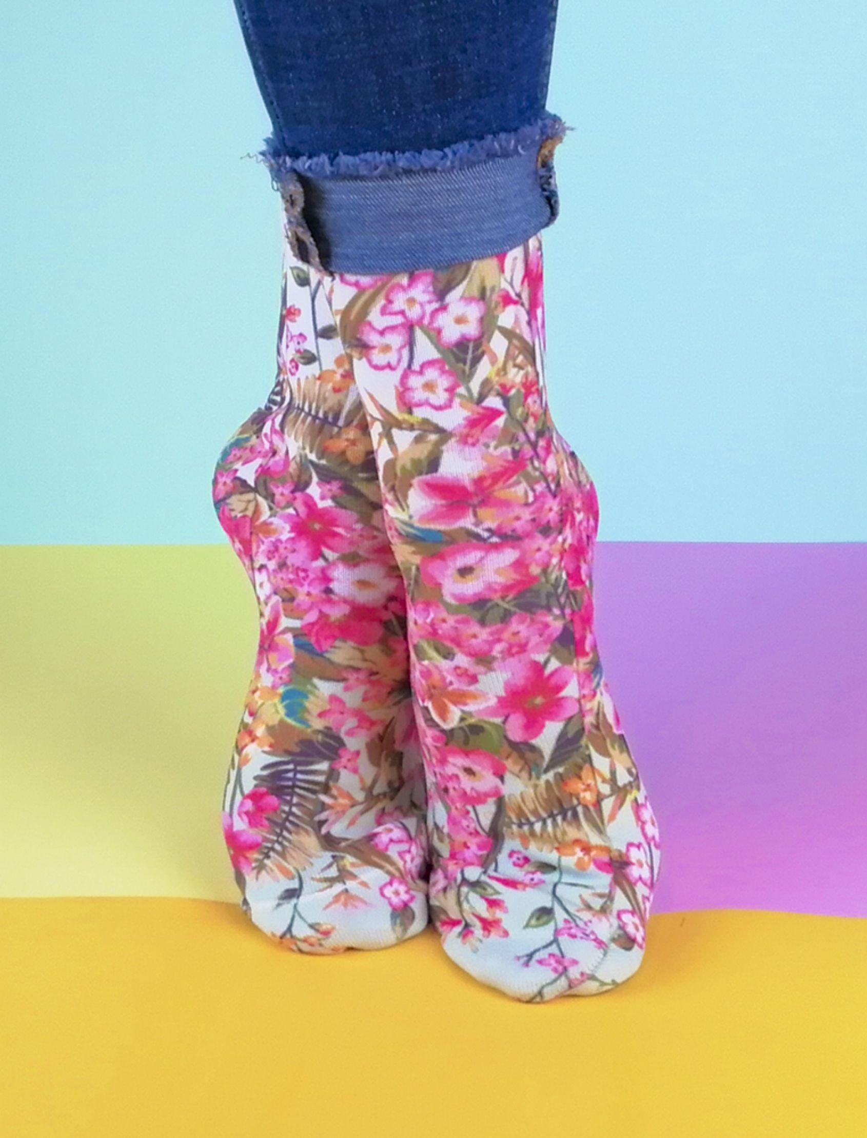calcetines unisex con estampado tropic multicolor