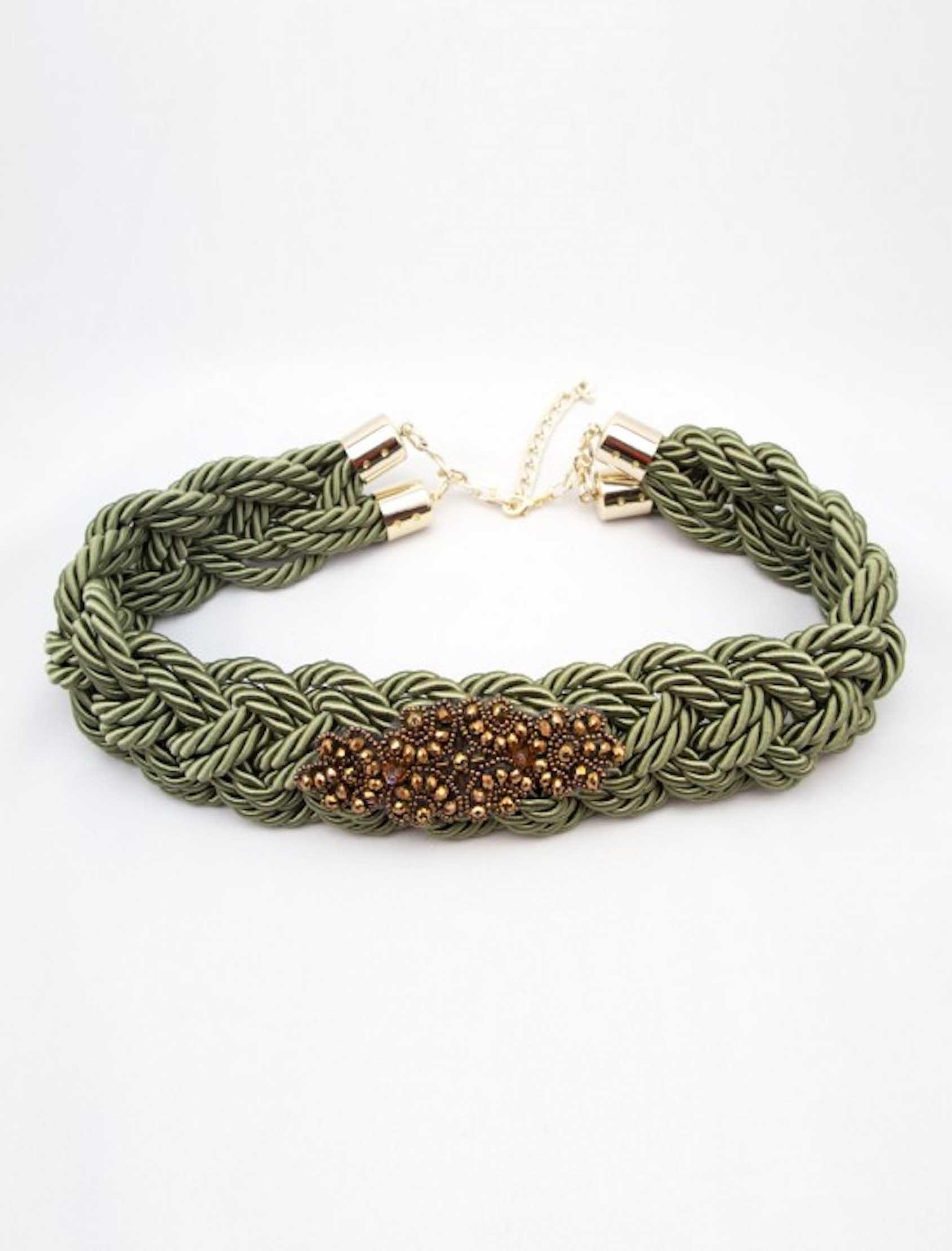 cinturón manarola en cordón de seda verde con aplique dorado