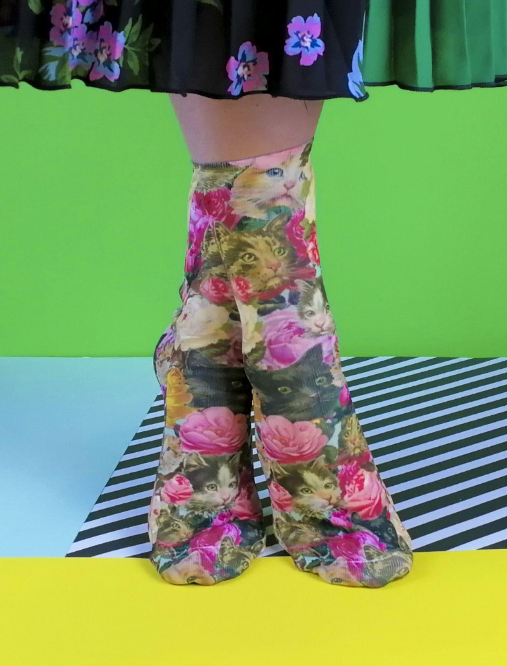 calcetines unisex con estampado de gatos y flores vintage