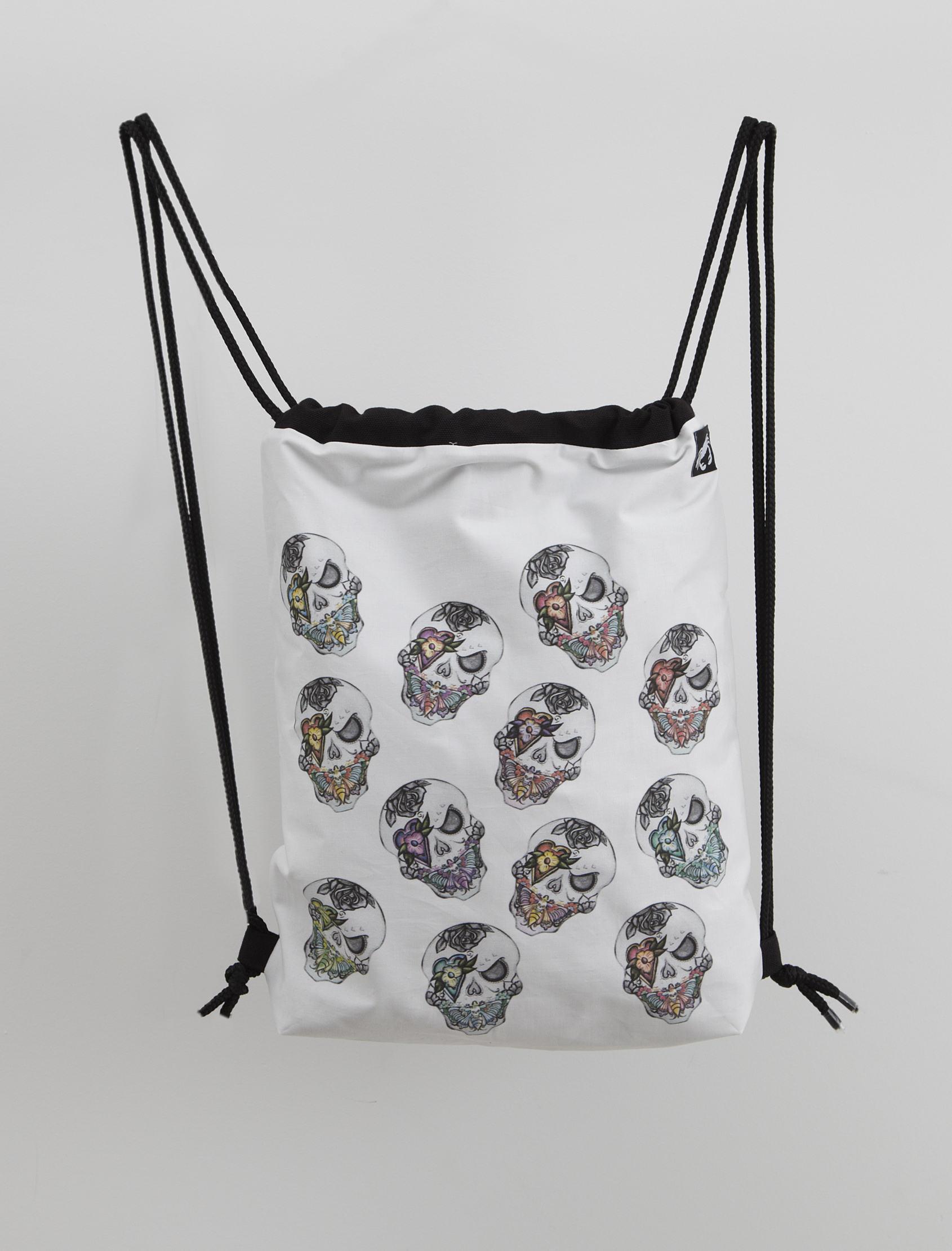 mochila tela calaveras 01