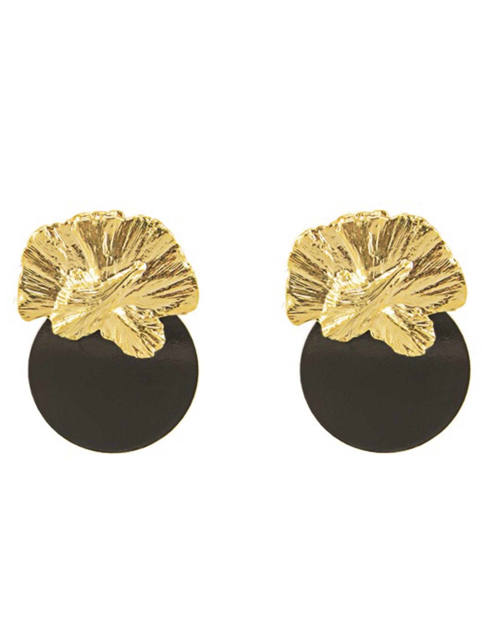 pendientes en tonos dorado y negro de omitouch