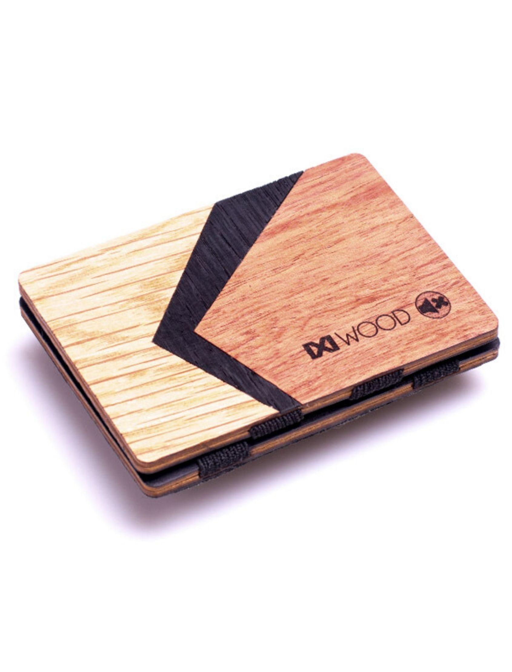 Cartera curve de madera con detalle de dibujo geométrico multicolor. De IXi Wood