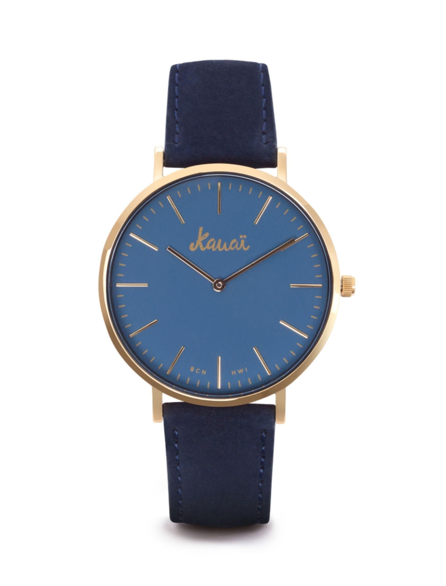 Reloj moana blue con esfera azul y caja dorada. Correa de cuero