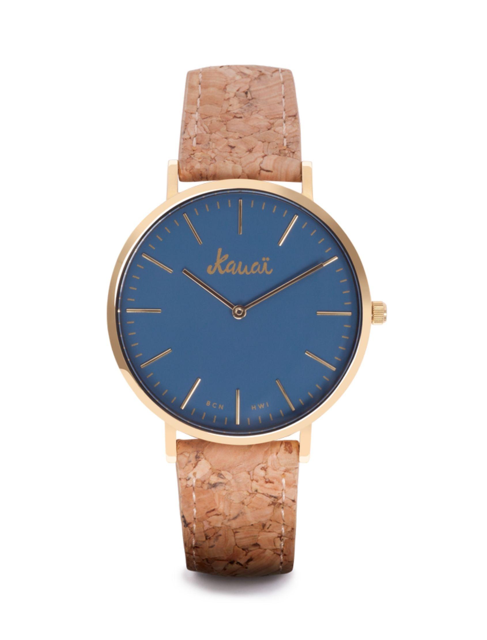 Reloj moana blue con esfera azul y caja dorada. Correa de corcho