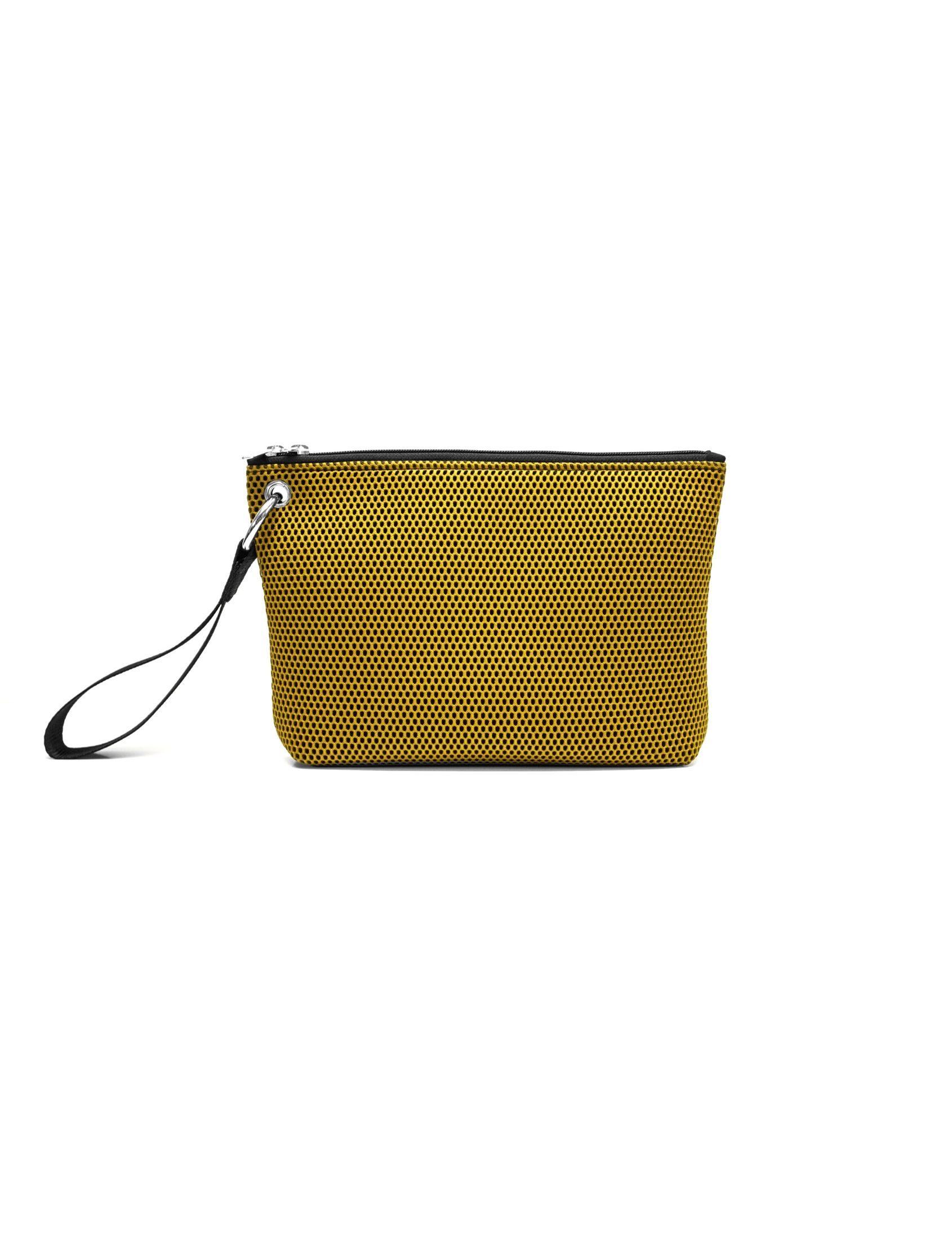 bolso de mano de Peter&Wolf con tejido ténico 3d en color verde bamboo