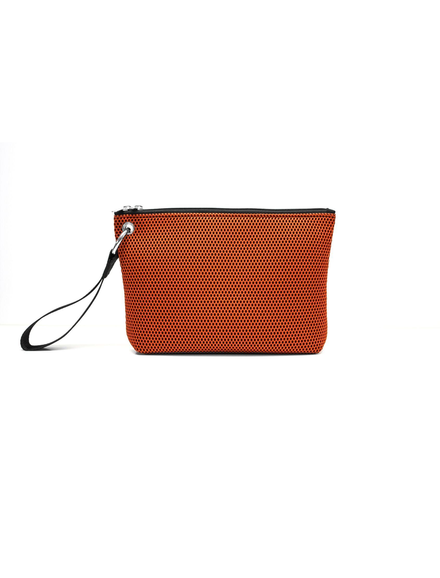 bolso de mano de Peter&Wolf con tejido ténico 3d en color Teja