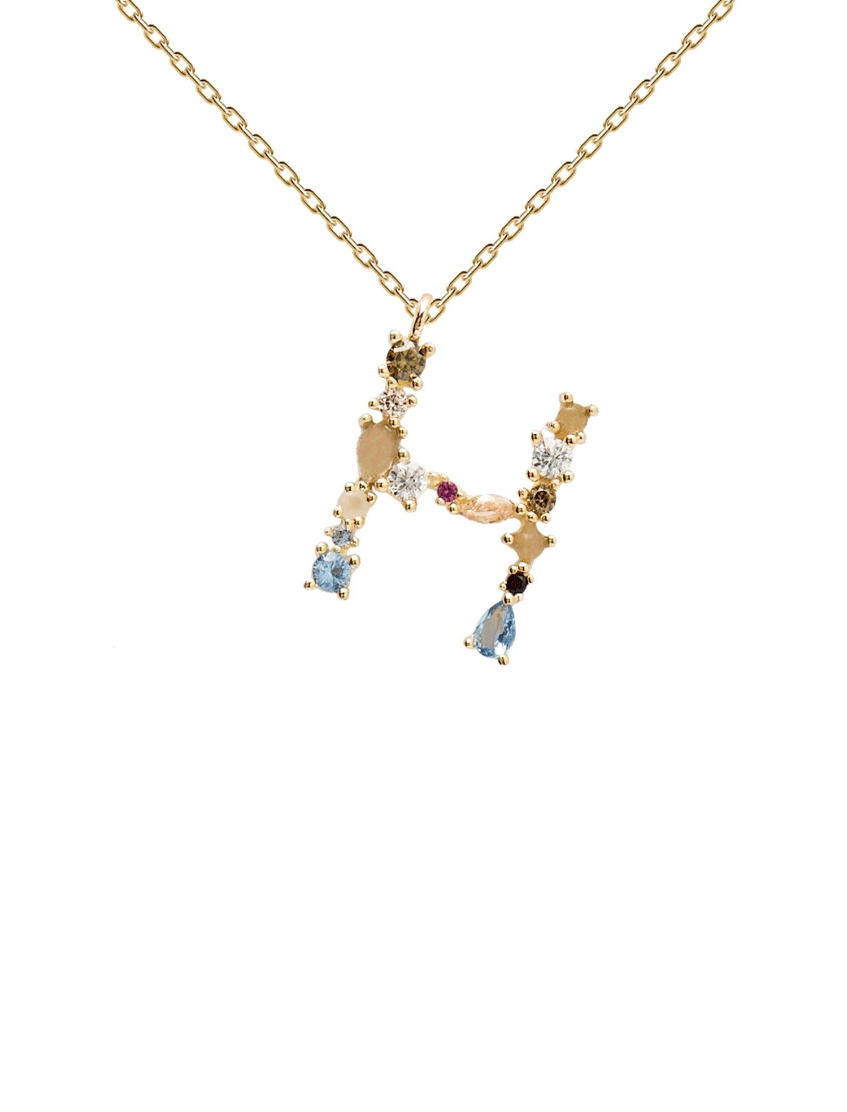 collar letra PDPAOLA en tono dorado con circonitas de colores