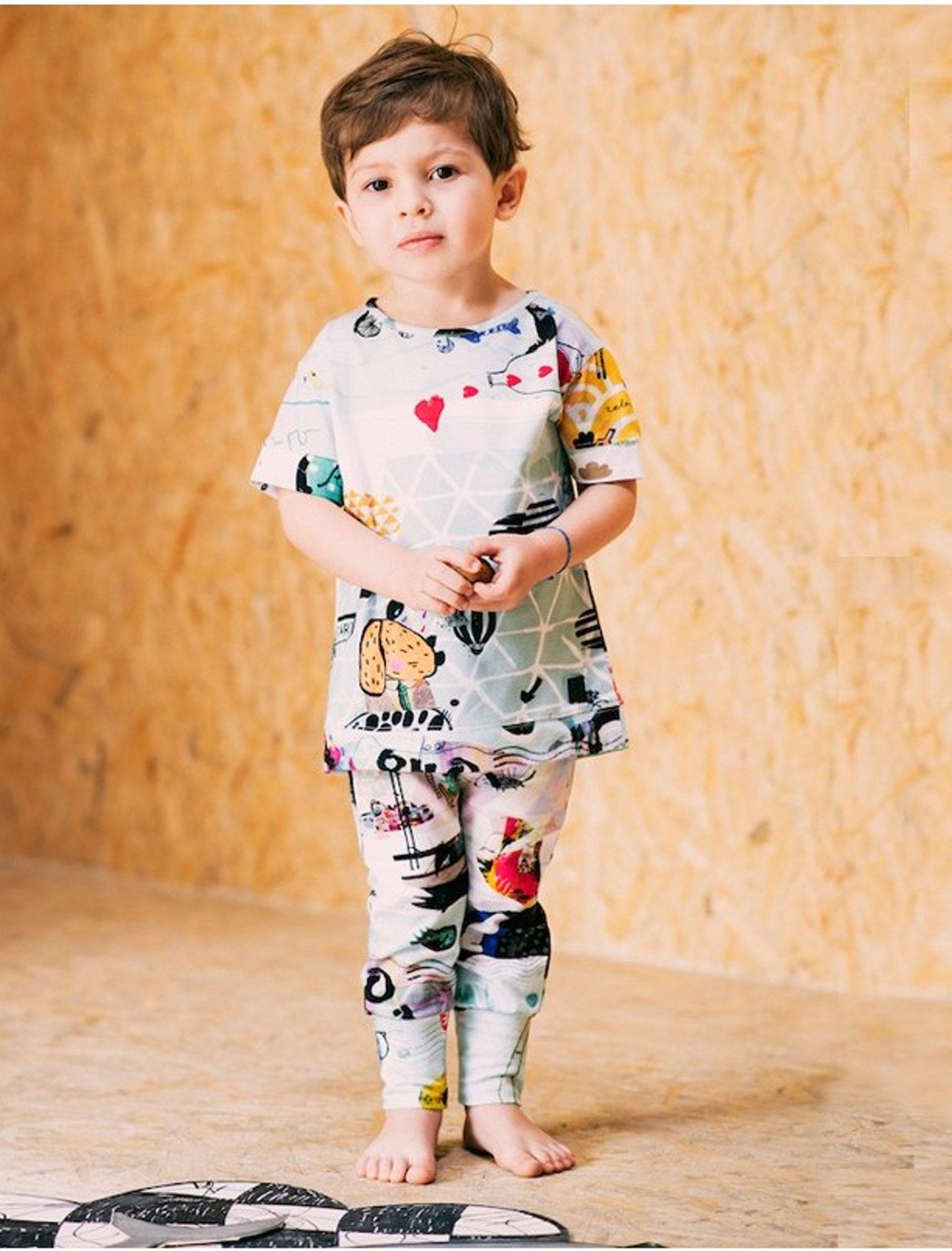 """Camiseta unisex para nuestros pequeños artistas. Estampado""""Océano"""" diseño exclusivo de MILENA&MILENKA, estampación digital. ¡Es muy suave y no se arruga!"""