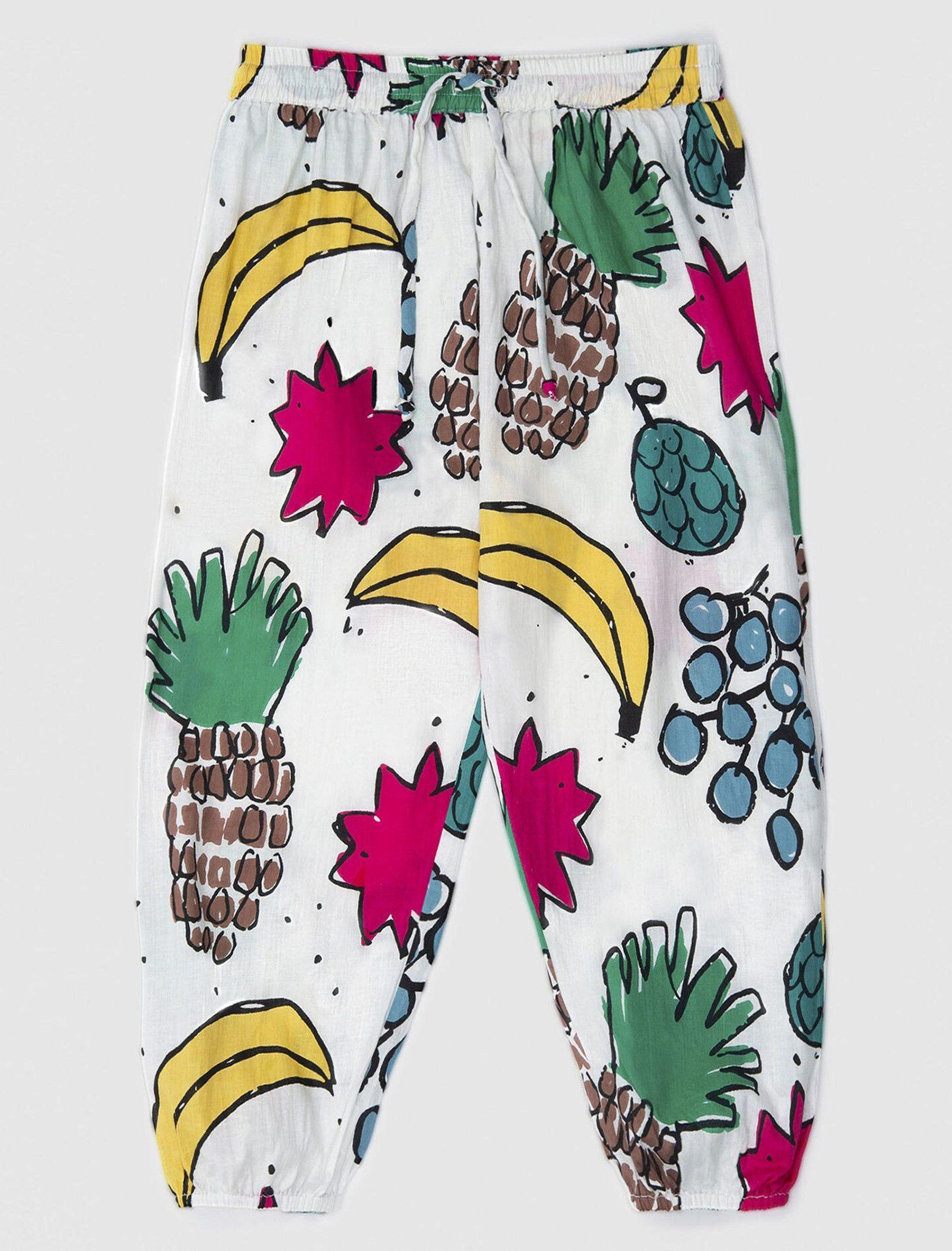 Pantalón largo y ancho tiene una cintura elástica y un cordón funcional para ajustar la cintura con estampado Fruit Mix de Nadadelazos