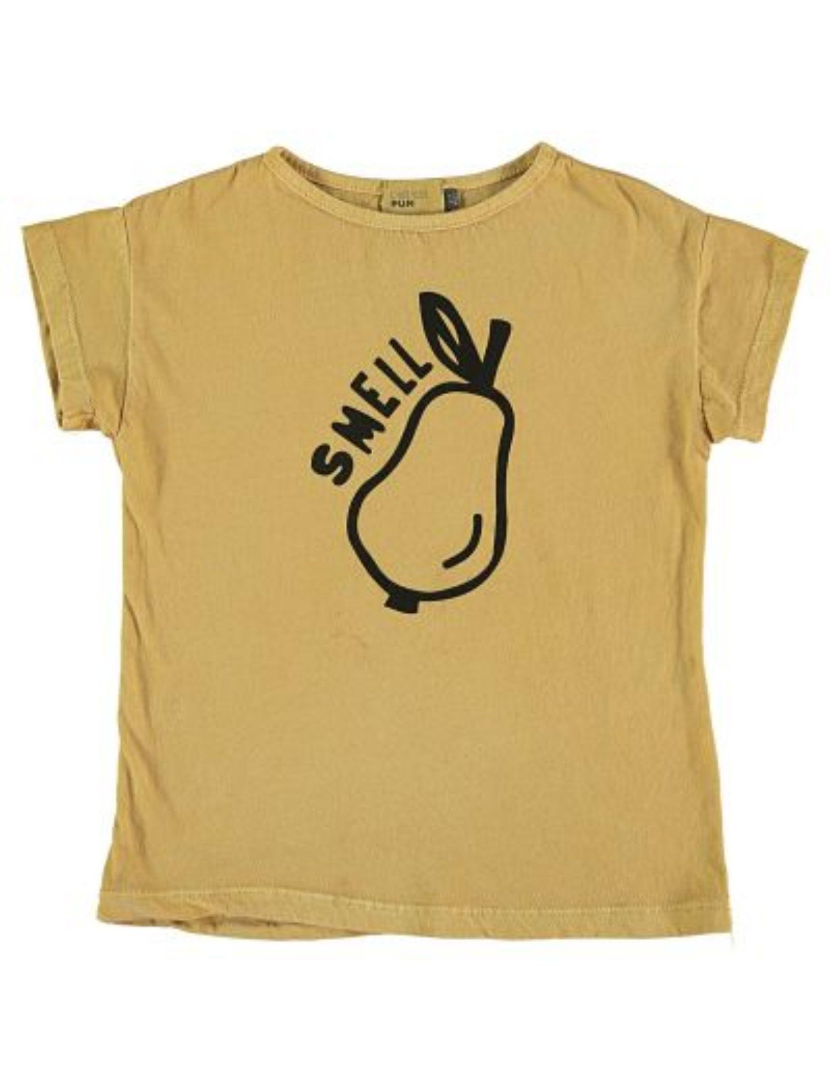 camiseta de algodon con manga corta en color mostaza y dibujo de fruta con mensaje smell