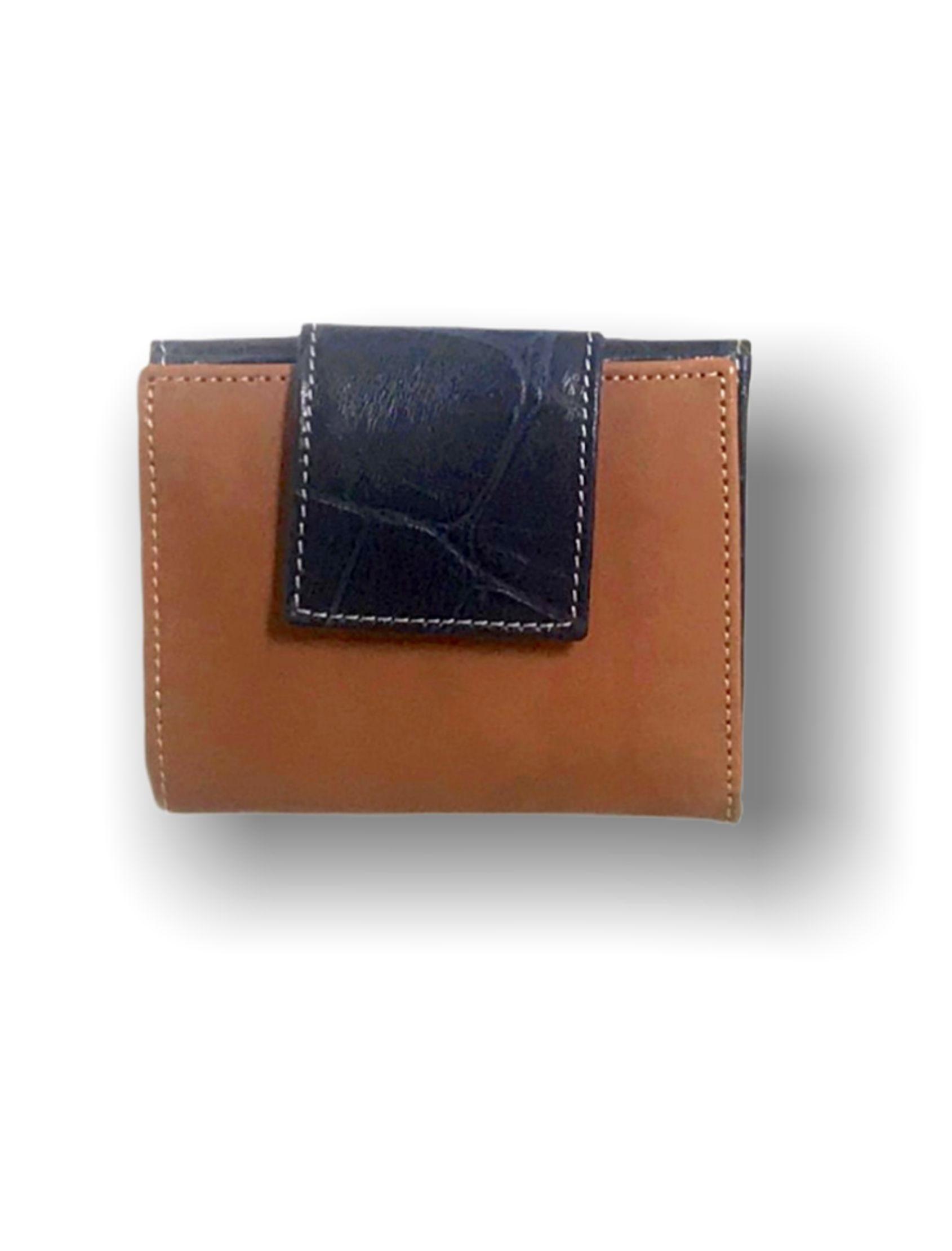 cartera señora en color cuero combinado con azul de piel
