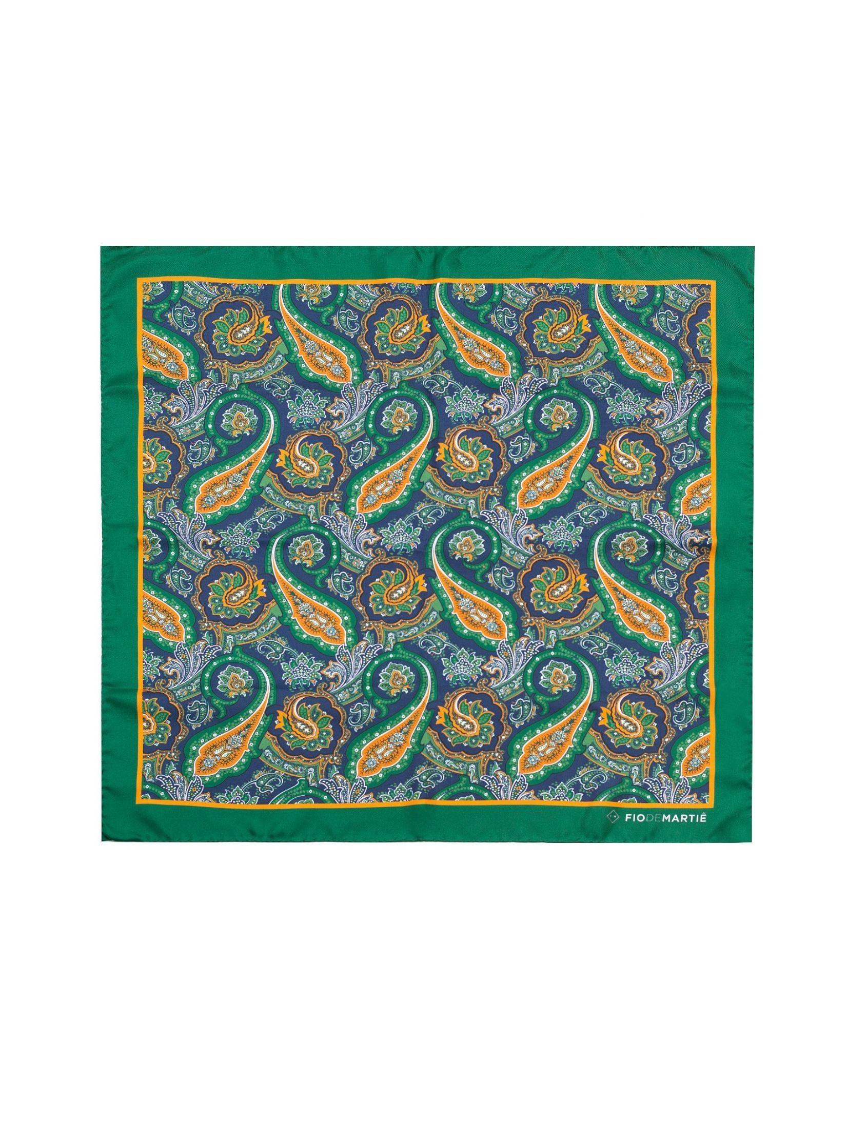 Pañuelo seda mujer estampado cashemere Sierra Calderona con fondo verde