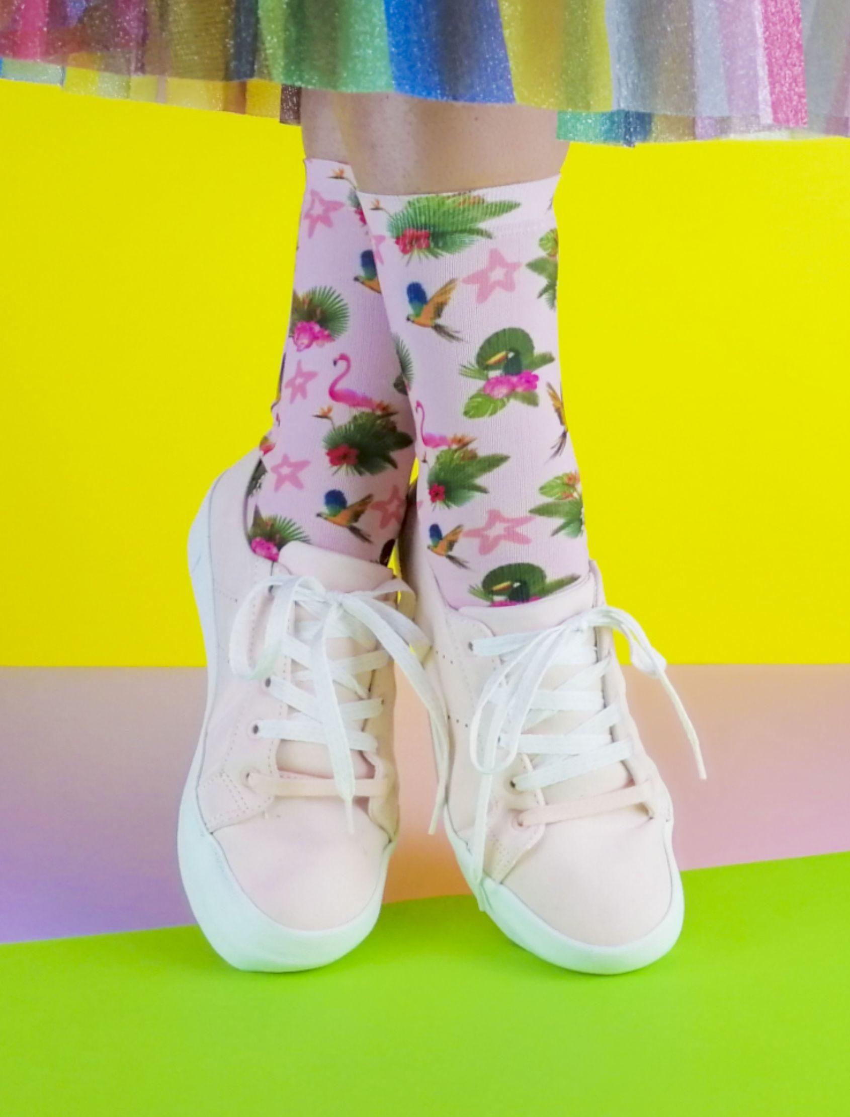 Calcetines tropic pajaros unisex con estampado multicolor