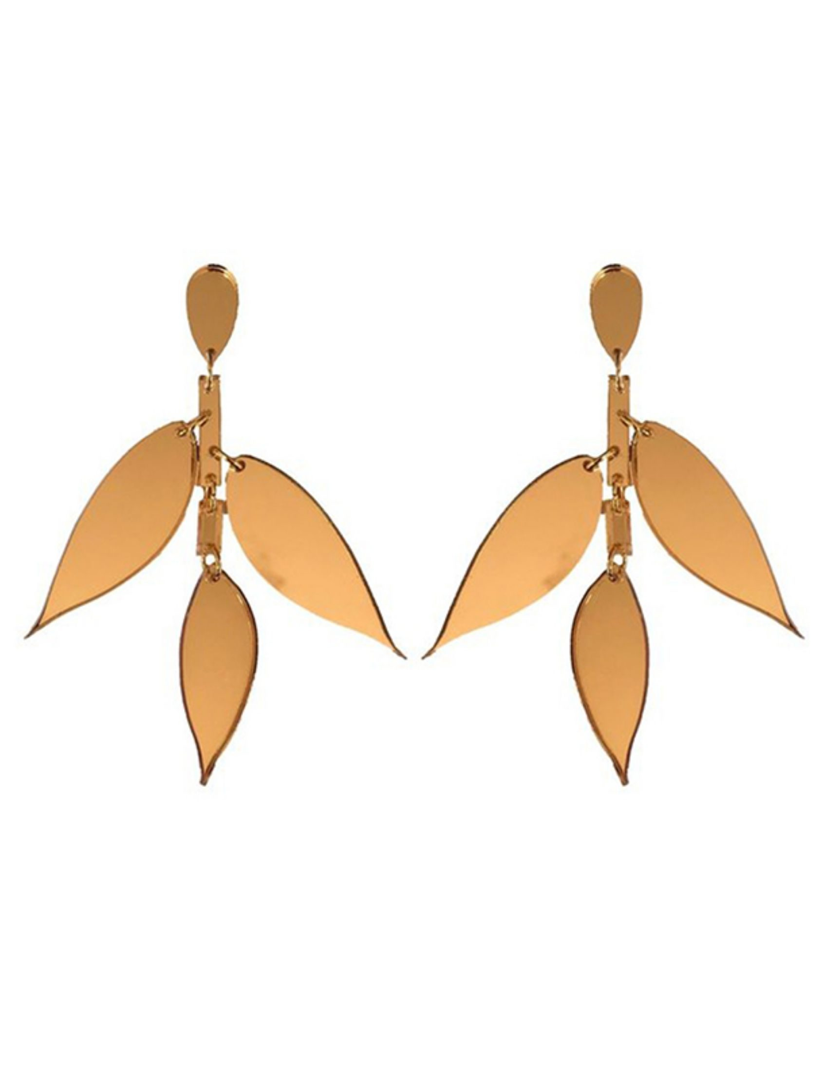 pendientes leaves con forma de ojas en dorado y de metacrilato