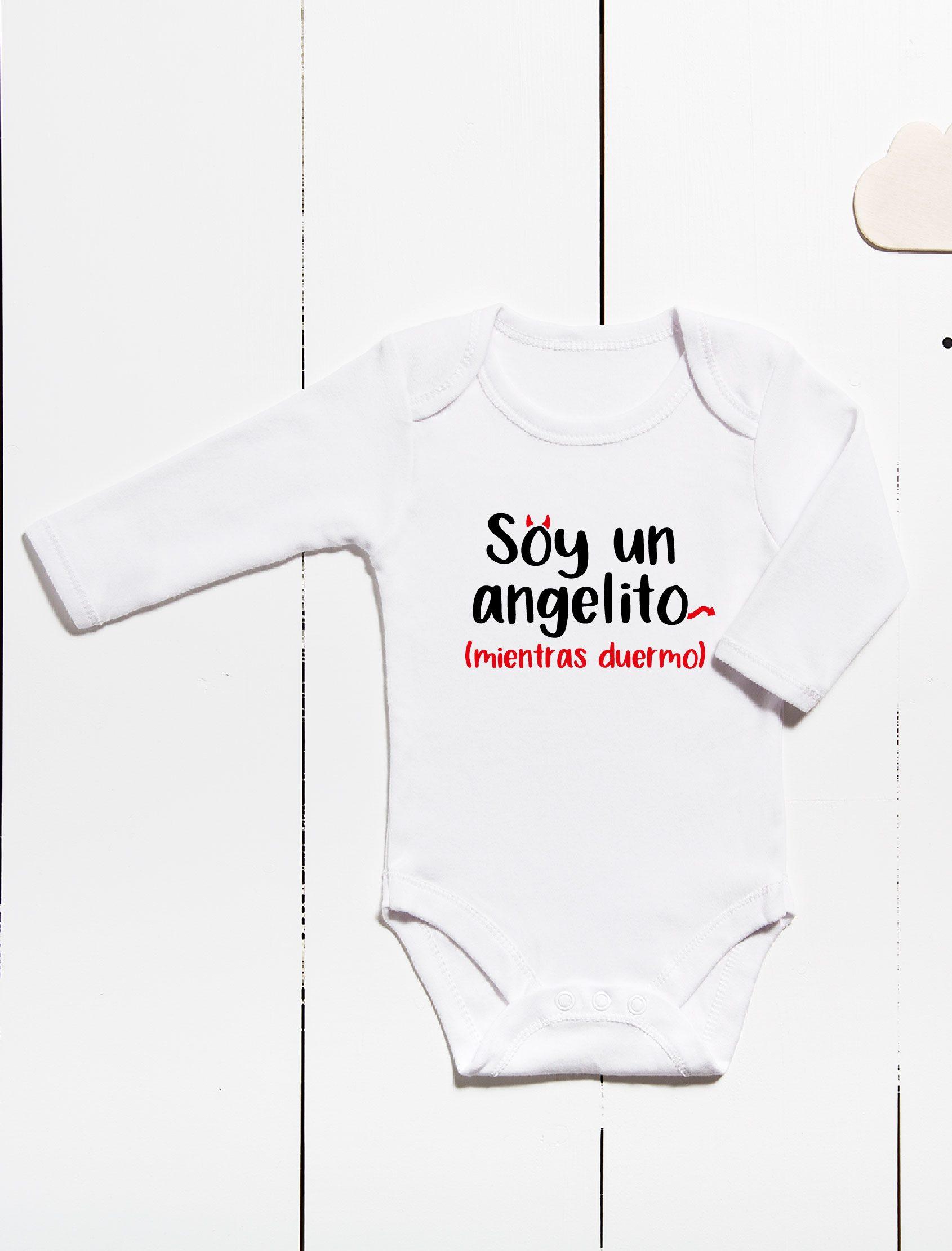 body ml para bebé en color blanco con mensaje soy un angelito cuando duermo