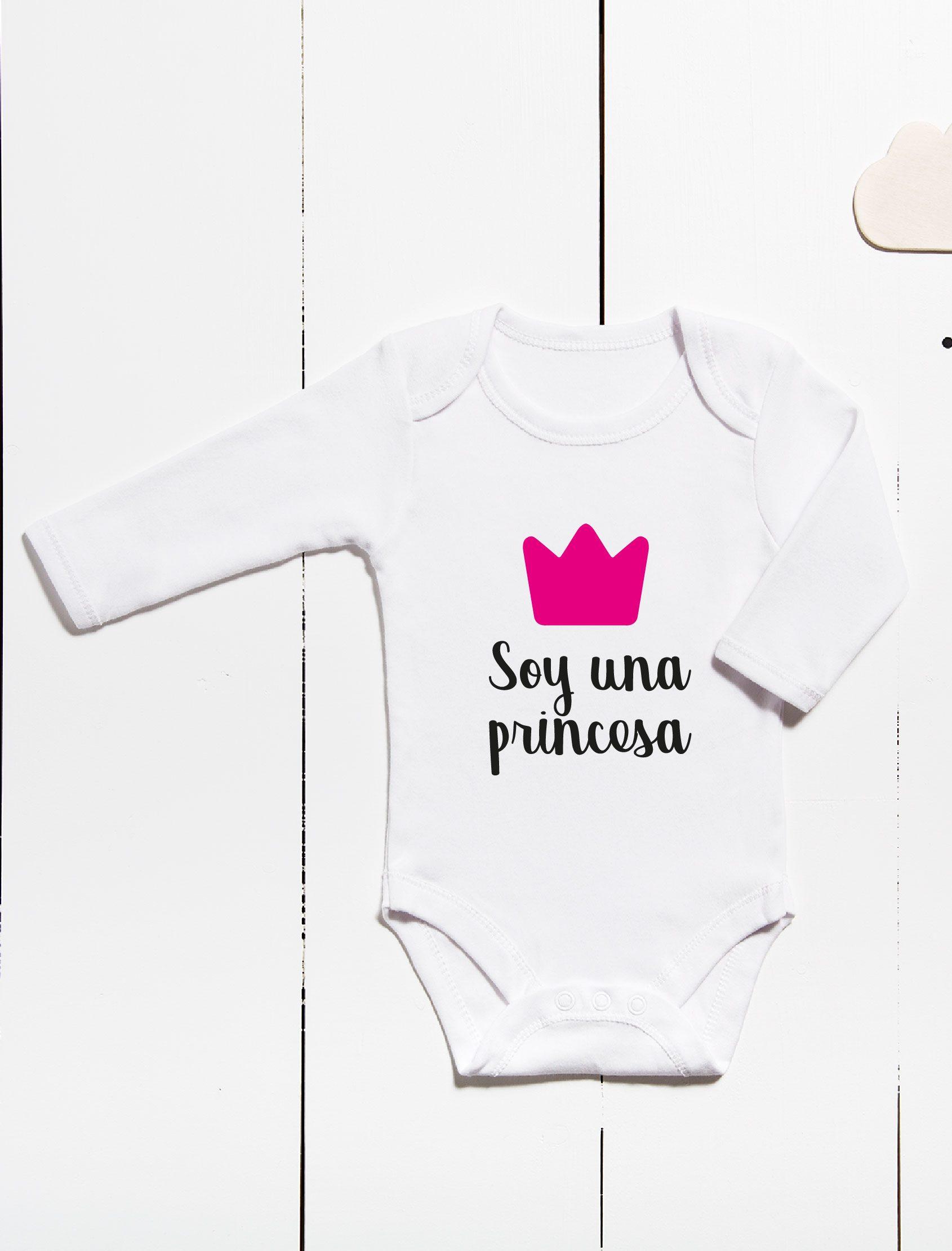 Body para bebés ml con mensaje soy una princesa y corona en color fucsia