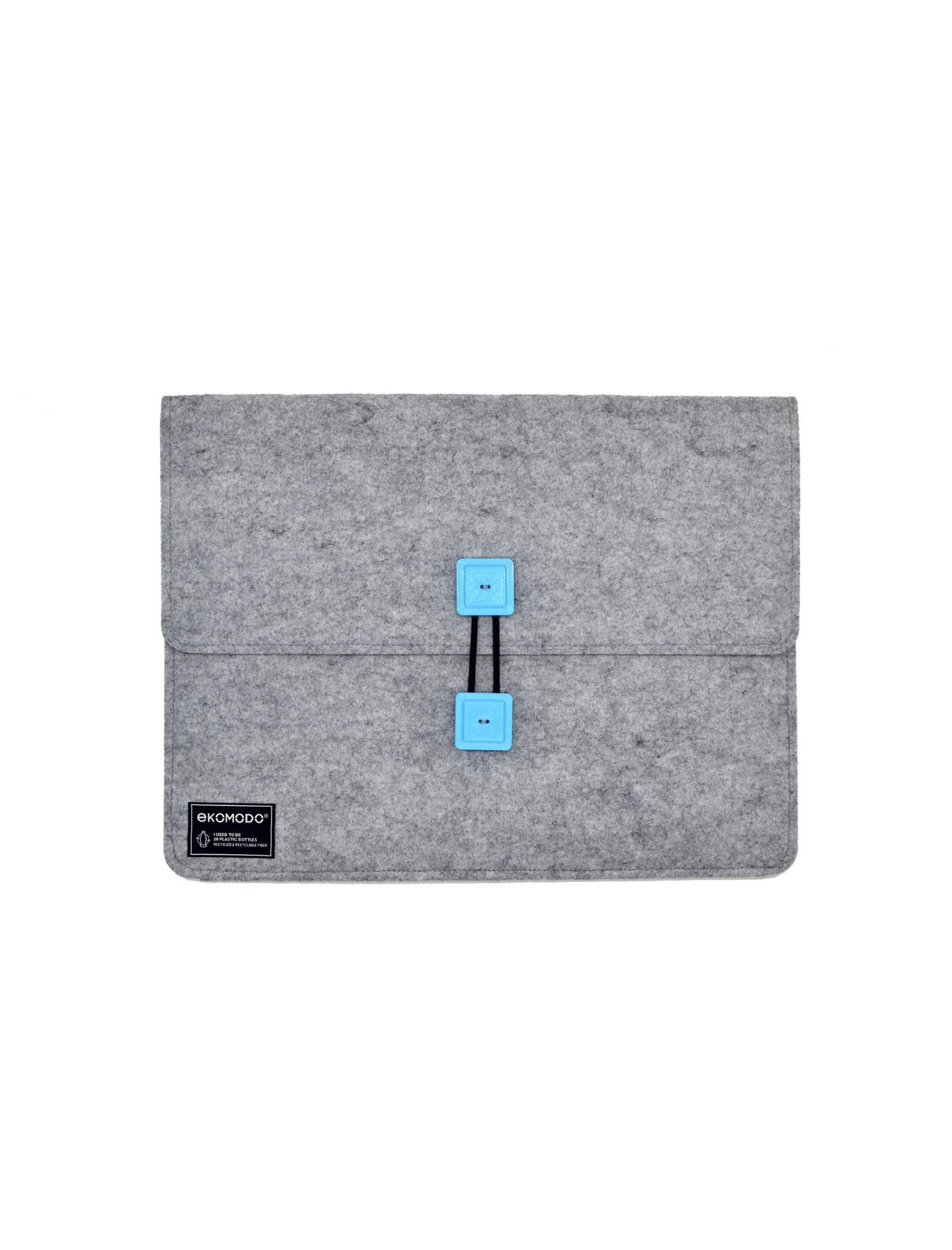 funda bat regular en gris con botones azules de tejido reciclado para documentos, portátil, libros...